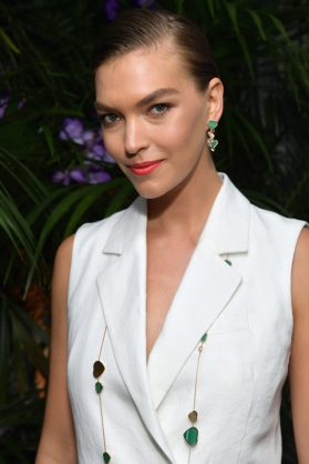 CANNES, FRANCE - MAY 13: Arizona Muse attends the ladies luncheon announcing the new partnership between Chopard and the Naked Heart Foundation at Hotel Martinez on May 13, 2018 in Cannes, France. (Photo by Emma McIntyre/Getty Images)
