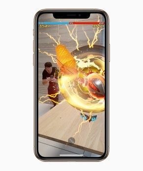 Apple-iPhone-Xs-Gold-game-screen-09122018_inline.jpg.large