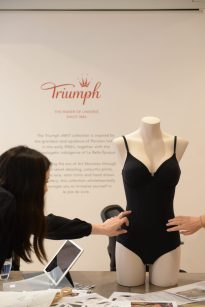 Essence by Triumph AW18 -8