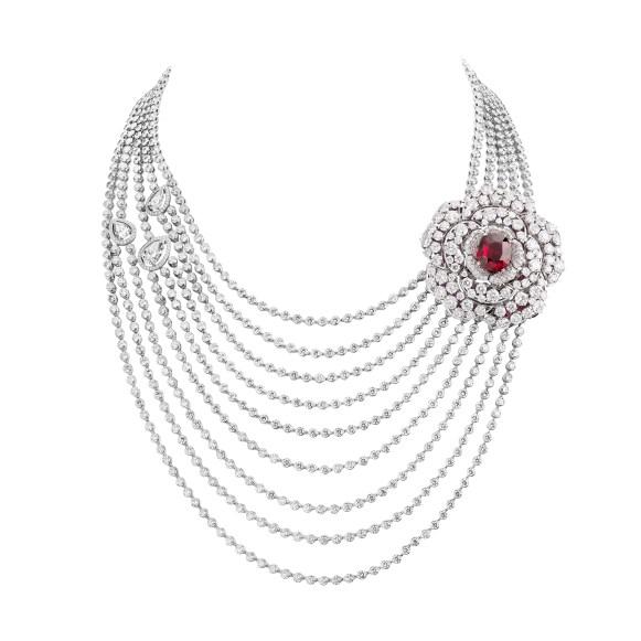 Rouge-Incandescent-necklace-J63491