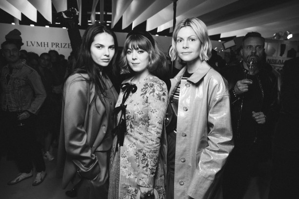 LVMH PRIZE 2019 COCKTAIL - DOINA CIOBONU AND GUESTS © VIRGILE GUINARD