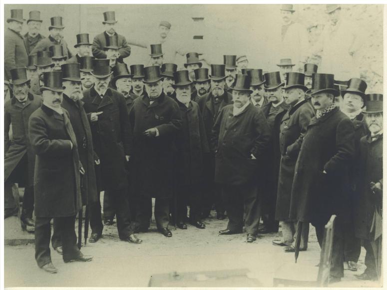 1888 pause de la premiere pierre en présence de Just Lisch