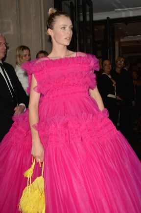 NEW YORK, NEW YORK - MAY 06: Edie Campbell departs The Mark Hotel for the 2019 'Camp: Notes on Fashion' Met Gala on May 06, 2019 in New York City. (Photo by Andrew Toth/Getty Images for The Mark Hotel)