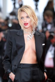 "CANNES, FRANCE - MAY 17: Anja Rubik attends the screening of ""Pain And Glory (Dolor Y Gloria/Douleur Et Gloire)"" during the 72nd annual Cannes Film Festival on May 17, 2019 in Cannes, France. (Photo by Andreas Rentz/Getty Images)"