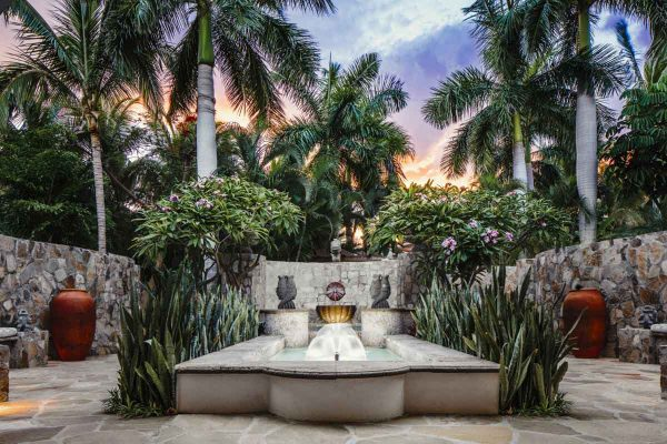 OO_Palmilla_Wellness_Spa_Fountain_4462_MASTER_Small-600x400
