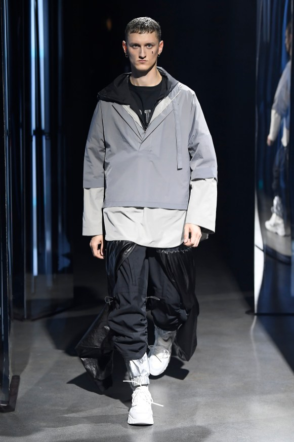 System SS20 look 20