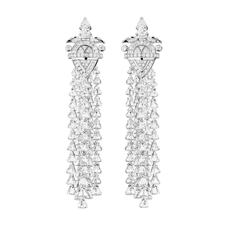 Aigle Protecteur earrings J63824