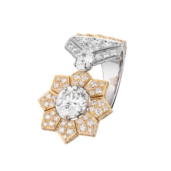 Médaille Solaire ring J63640