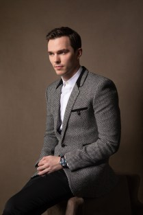 Nicholas Hoult Jaeger-LeCoultre Master Ultra Thin Perpetual Enamel - SIHH 2019 @fabricedallanese (3)