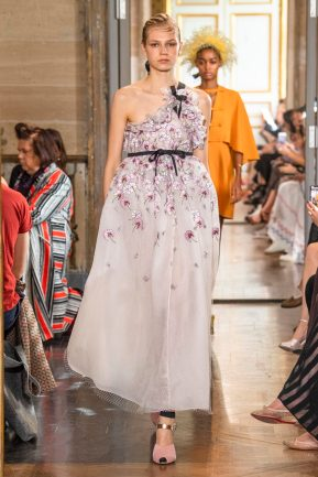Model wears an outfit , as part of the pret a porter 2020, fashion week, Paris, France, from the house of Giambattista Valli