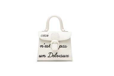 DELVAUX_Magritte_Act_II_Charms_Chaîne_Gant_Box_Calf_Ivory