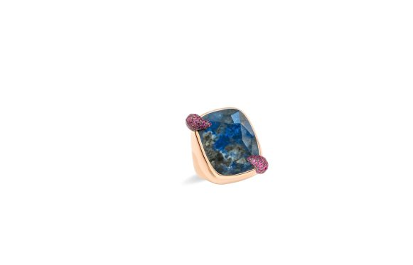 Denim Lapis Lazuli ring in rose gold with lapis lazuli and rubies 100% SUSTAINABLE by Pomellato