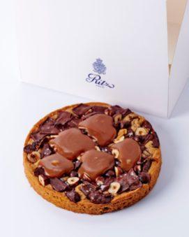 Cookie g'ant 2 - Le petit comptoir de pƒtisseries du Ritz Paris - Cr'dit Bernhard Winkelmann