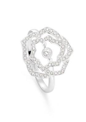 Piaget_Rose_Ring WG Drop Diamond Chain_G34UW200