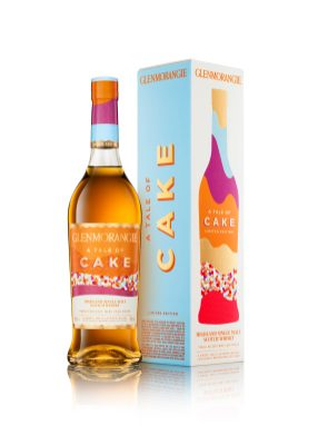 Glenmorangie Tale Of Cake Bottle And 1 Pack On White HiRes