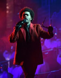 The Weeknd in Givenchy at 2021 Superbowl (4)