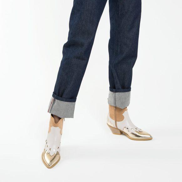 Tricolored cowboy boots + gold. porté