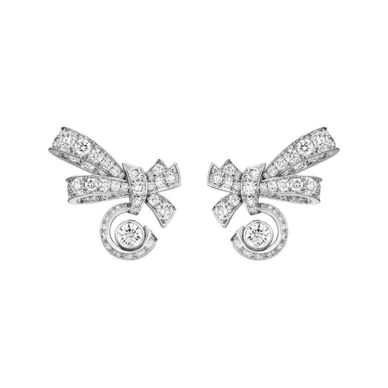Knotted N5-Earrings_1060_RGB