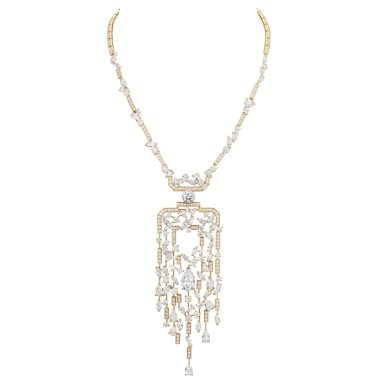 N5 Sparkling Silhouette-Necklace_1104_RGB