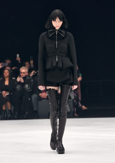 GIVENCHY S22 LOOK 01