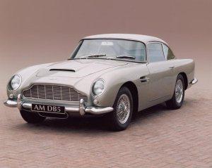 Luxurious Classics - The Aston Martin DB5 2