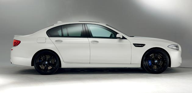 The new BMW M3 and M5 M Performance limited editions in fronzen paint colours.