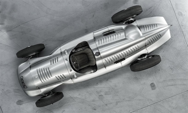 A few weeks ago, the car manufacturer was able to repurchase an extremely rare Auto Union Silver Arrow racing car – consisting largely of original parts.