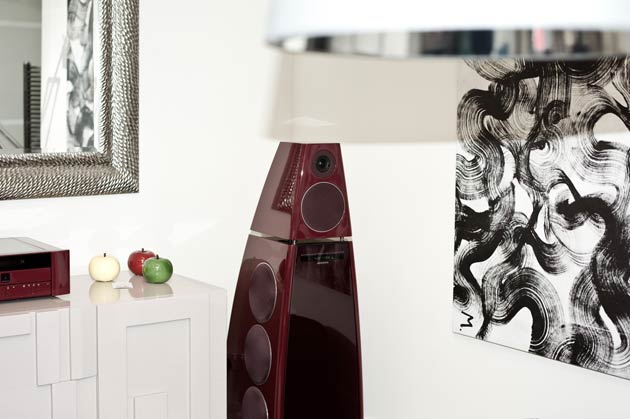 "RS AV Solutions, the British Audio-visual and automation specialist, hosted an exclusive three-day event at the flagship showroom of interior design specialist, Muralto UK, in Central London, to launch the Meridian ""Audio Secrets"" guide for designers."