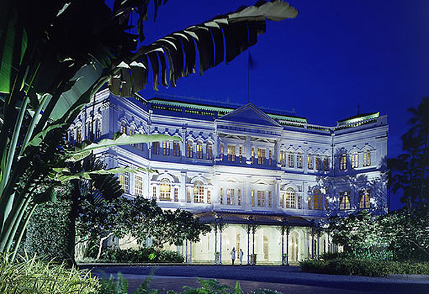 The iconic Raffles Hotel Singapore is celebrates its 125 Birthday, a fantastic achievement for one of the globes most iconic hotels. Immortalized in the novels of Somerset Maugham and Rudyard Kipling, Raffles Hotel, Singapore's colonial-styled architecture and lush tropical gardens exude an atmosphere of timeless elegance.