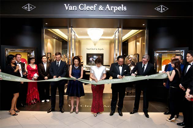 Van Cleef & Arpels officiates the grand re-opening of its boutique on Thursday, 13th September, in Kuala Lumpur's Starhill Gallery.