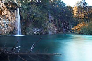 Luxurious Magazine contributor Simone Zeffiro visits Plitvice Waterfalls in Coatia to witness the Amazing Power of Water. Image (c) Simone Zeffiro 2012