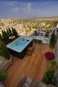 Taskonaklar Rocky Palace in Cappadocia, member of Great Hotels of the World, has just opened its first Royal Suite. The suite boasts exceptional features, including a private terrace with outdoor jacuzzi, where guests can take in the magnificent landscape over the Pigeon Valley.