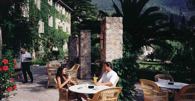 The Perfect Love Nest at the Orient-Express La Residencia.