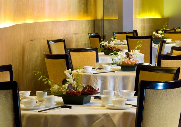Whilst many other restaurants in London are striving to push the boundaries of Chinese cooking with new-fangled ingredients and techniques, there is plenty to love about a restaurant such as Royal China Baker Street that continues to excel in traditional, uncomplicated Chinese food at its very finest.