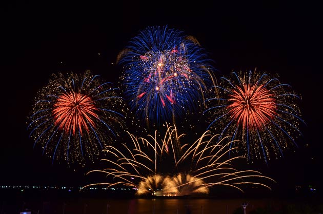 I was organising my 21st birthday and I was frustrated by the way music seemed to be a major afterthought when hosting a fireworks display. Most of the time, the tracks are shoehorned awkwardly in and tend to be incongruent to the series of explosions you are seeing light up the sky.