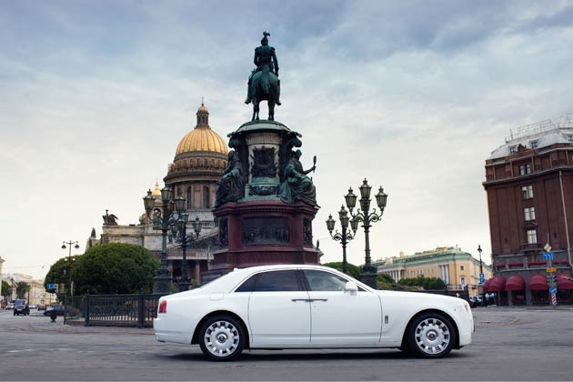 Rolls-Royce has a very rich history in St. Petersburg and is where the first Rolls-Royce touched Russian ground more than 100 years ago.