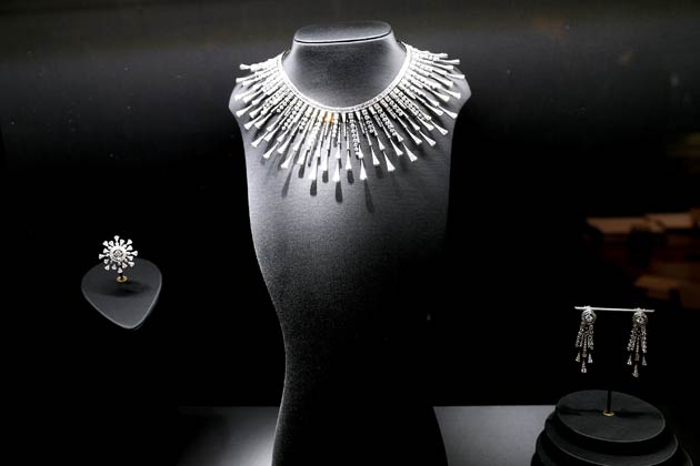 "The new High Jewelry collection ""Hôtel de la Lumière"", a veritable ode to light: that of the stones themselves, the work of the hands that intensify them and, lastly, the brilliant beauty that shines through them."