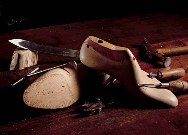 The renowned Italian shoe brand, now run by the second generation of the family, Giuseppe Santoni, uses a complicated manufacturing process to give its leather the characteristic patina.