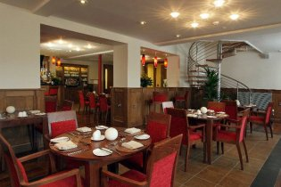 The ambience at the Brasserie is similar to those gorgeous cosy Italian restaurants we all know and love.