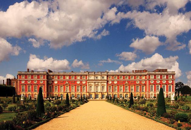 Luxurious Magazine visits Hampton Court Palace