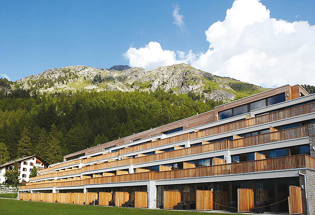Reena Patel Visits Switzerland's Nira Alpina in the Sunshine