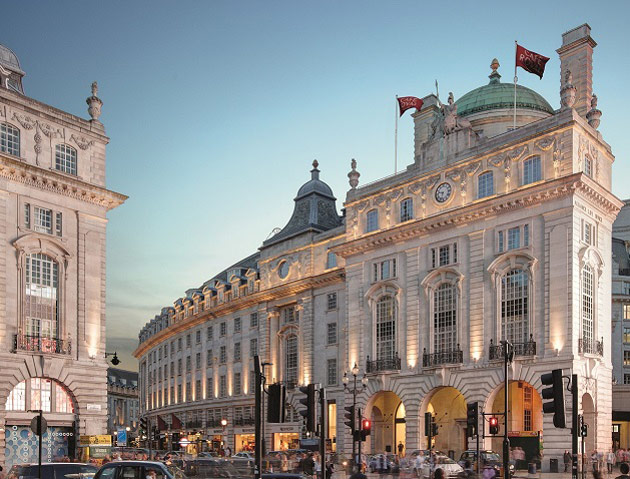 The Domino Effect: Culinary Chic At Hotel Café Royal