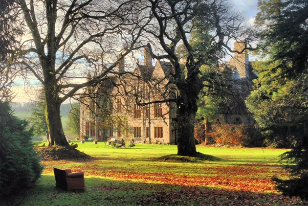 Luxurious Magazine Receives A Personal Welcome At Huntsham Court