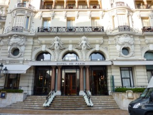 From 21st to 30th January 2015, one of France's leading auction houses, Artcurial, is to hold a sale at the illustrious Hôtel de Paris in Monte-Carlo.