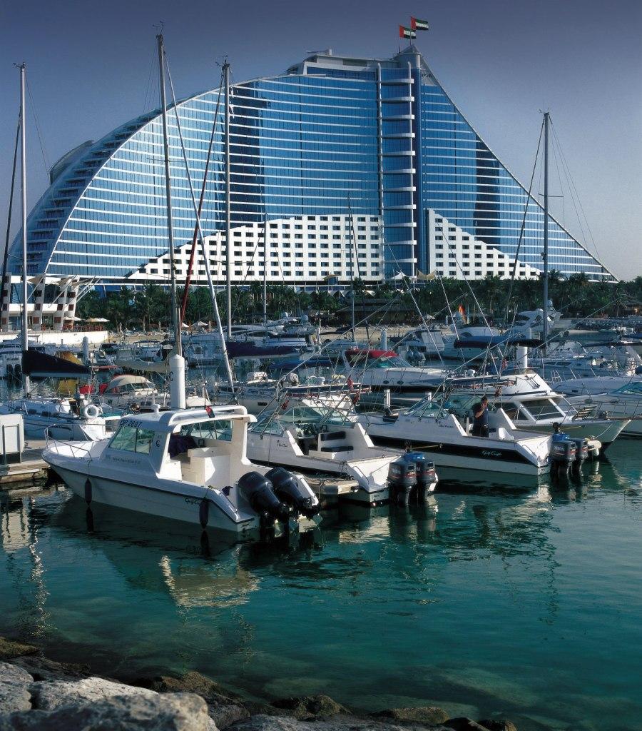 We Experience the Luxury, Glitz, Glamour and Magic of Dubai 8