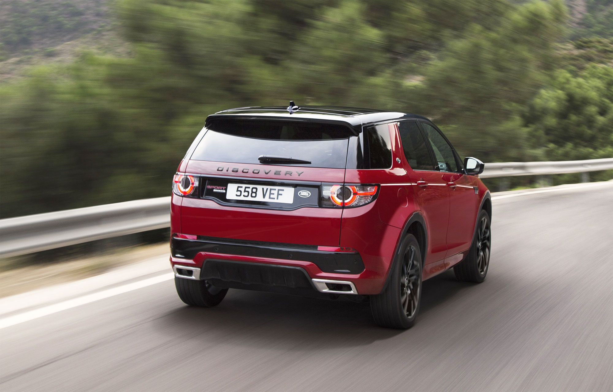 The Land Rover Discovery Sport HSE Dynamic Lux Luxurious Magazine