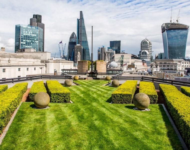 Jessica Skye's Rooftop Garden Yoga in The City 17