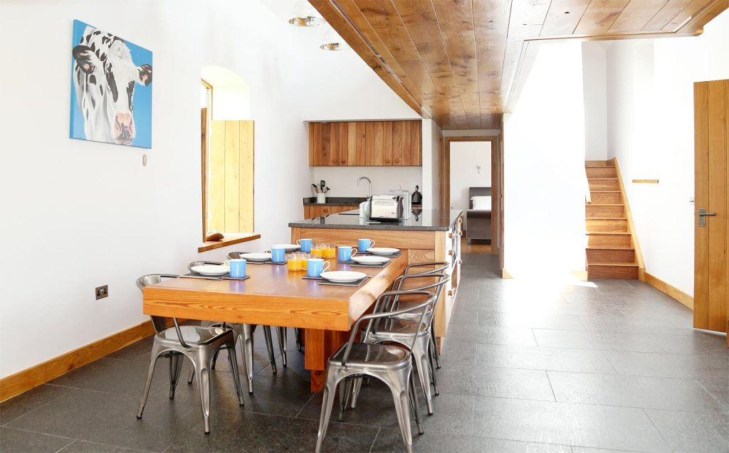 The Dairy, the Cosy Cotswolds' Eco Barn You'll Never Want to Leave 8