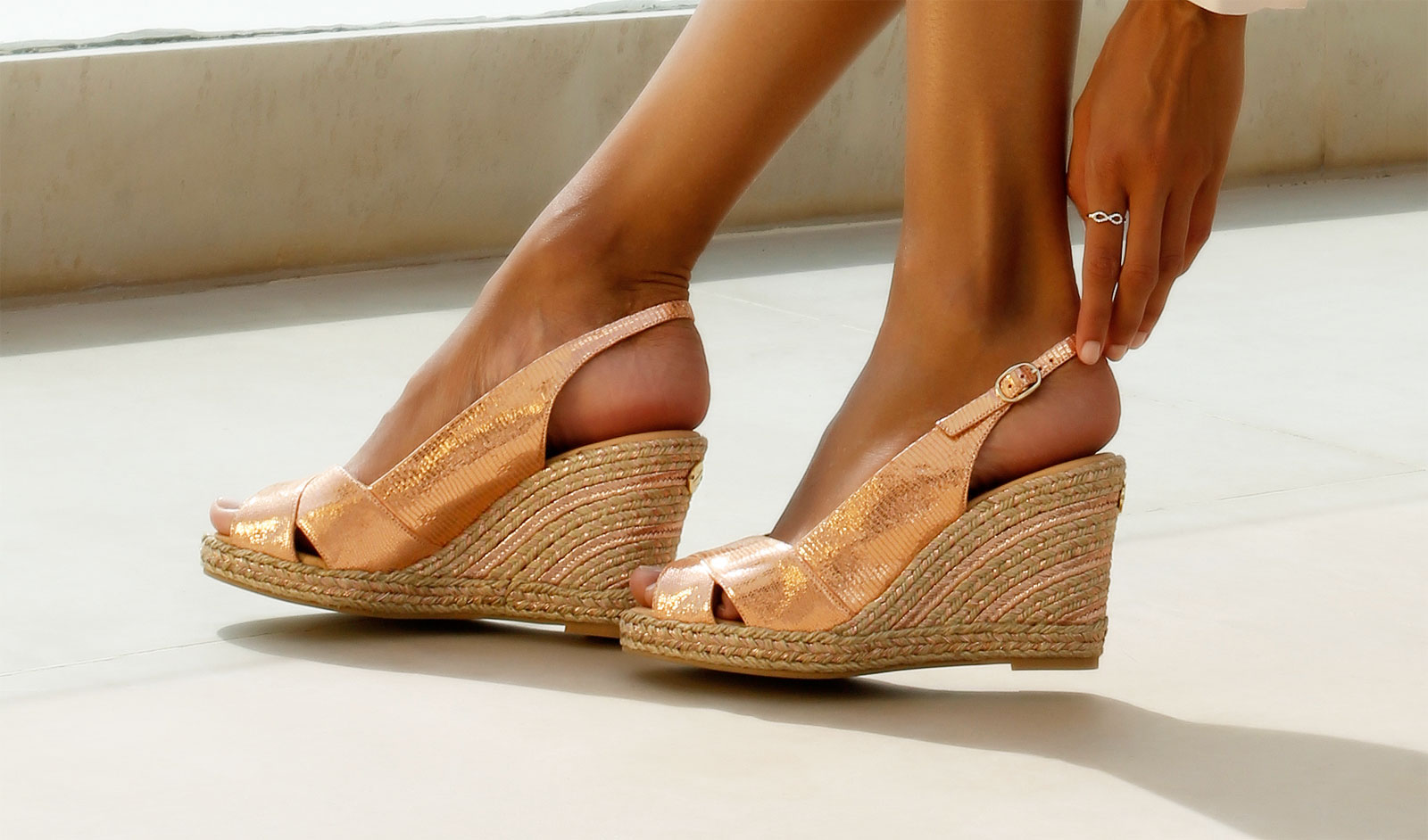 Zaccys classic rustic shoe with ankle strap