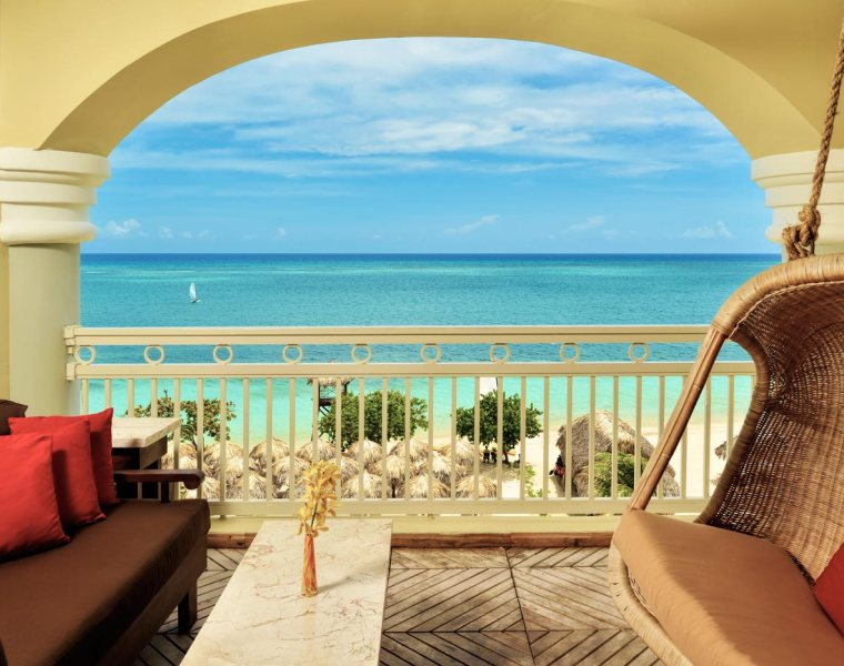 Taking The Theme Of Luxury And Running With It In Jamaica 29
